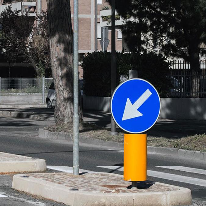 segnaletica complementare arredo urbano lavori eseguiti